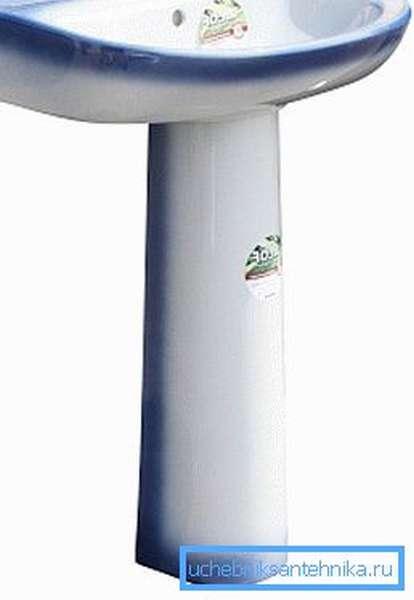 На фото: раковина в ванную комнату должна быть не только практичной, но и красивой