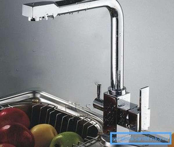 На фото – типичный пример кухонного прибора.