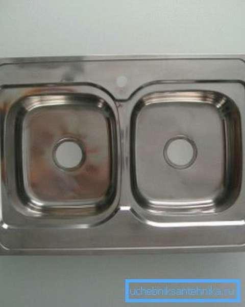 Накладная мойка 50 на 60 на 60 сантиметров из нержавеющей стали