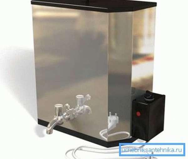 Наливной водонагреватель – отличное решение для дачного душа