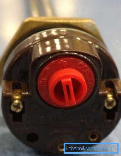 Недорогой ТЭН с терморегулятором для чугунного радиатора
