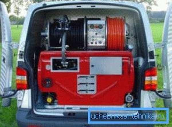 Некоторые агрегаты данного типа имеют довольно большие габариты и для их перемещения необходимо использовать автотранспорт