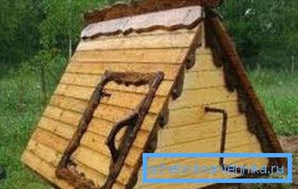 Некоторые изделия данного типа по своей сути сами являются полноценными крышами