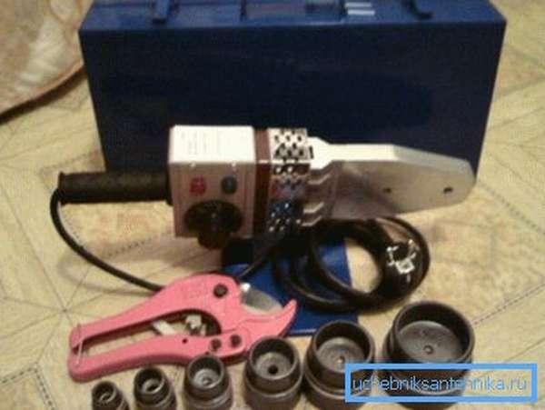 Необходимый набор инструмента.