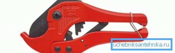 Ножницы для резки ПВХ труб