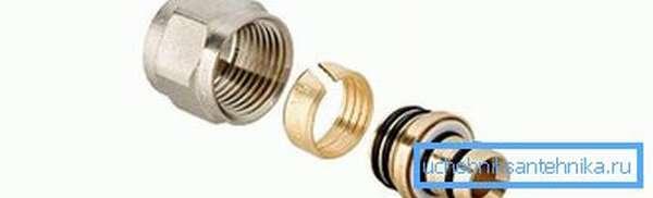Обжимные для металлопластиковых труб