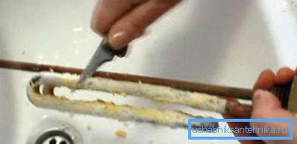 Очистка нагревателя ножом