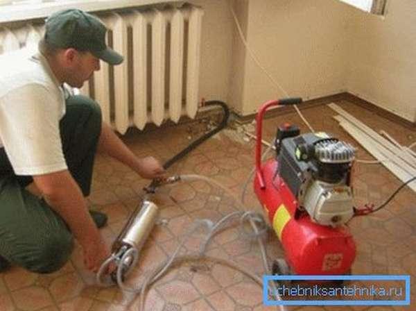 Один из способов очистки радиаторов отопления