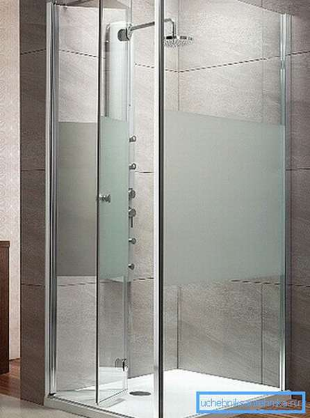 Один из вариантов исполнения двери - гармошки.