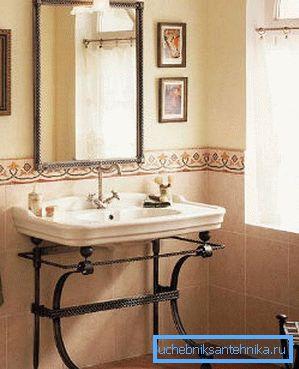 Оригинальная раковина на ножках в ванную