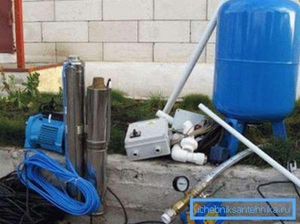 От выбора оборудования зависит, сколько стоит провести водопровод на даче.