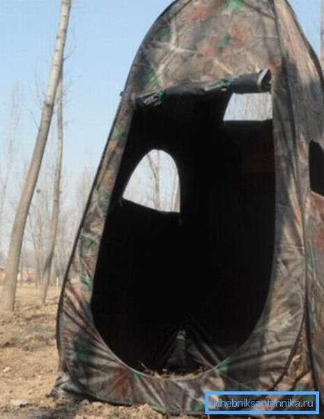 Палатка под душ или туалет с окошками