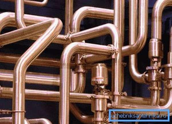 Пайка – основной метод соединения медных труб