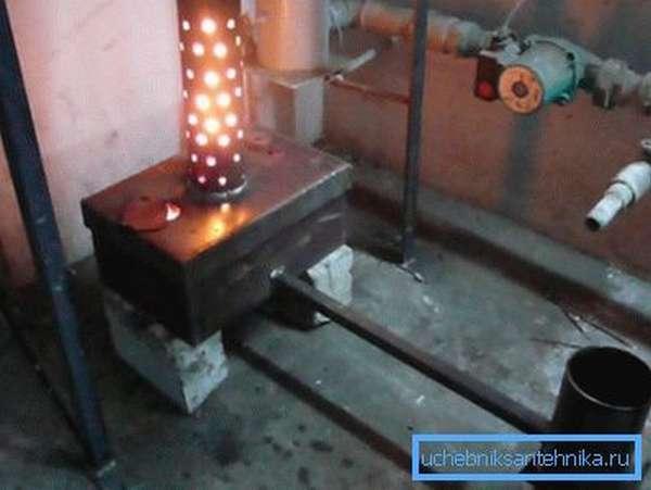 Печь на отработке из трубы для подвала