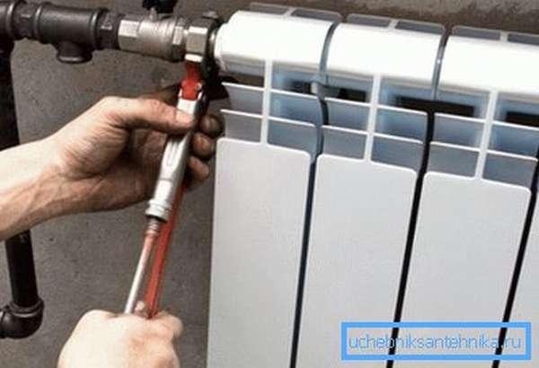 Подключение радиатора к стальному трубопроводу