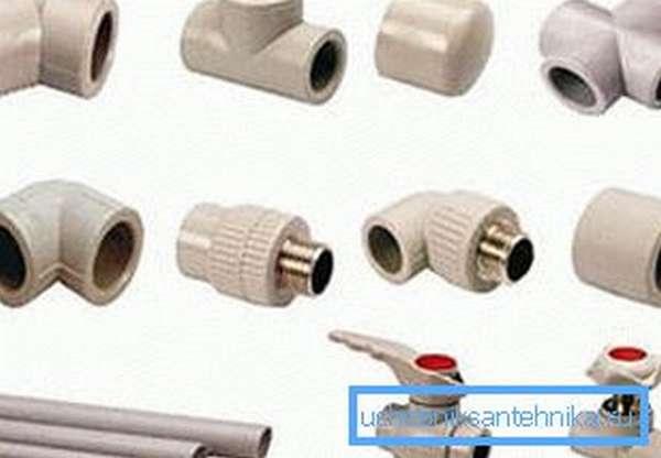 Полипропиленовые пластиковые трубы для водопровода и фитинги