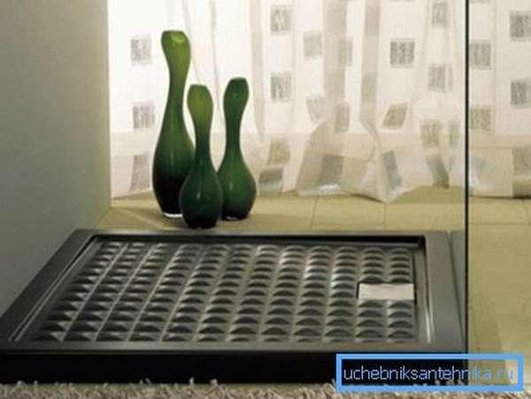 Порой подобная продукция изготавливается в виде плит, что значительно сокращает расходы при производстве и отражается на стоимости