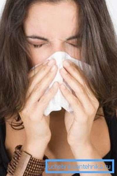 Посторонние запахи и пыль могут вызвать аллергию