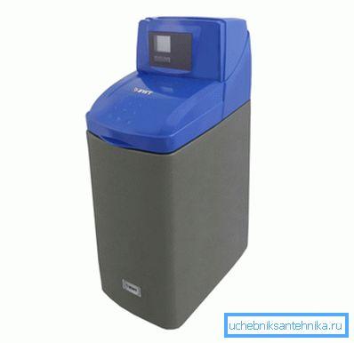 Прибор для подготовки воды перед заливкой в систему отопления