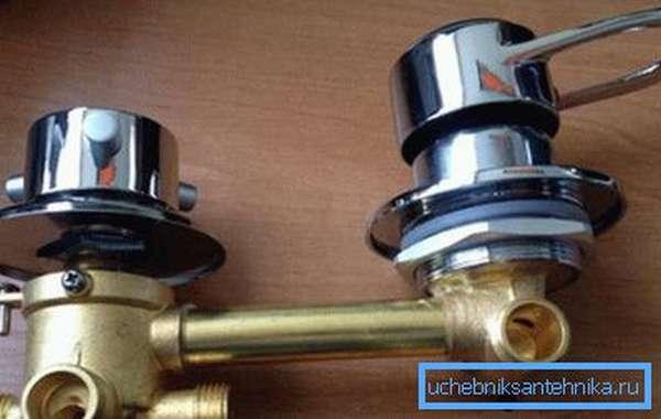 Приборы гидробокса специфичны, поэтому с их ремонтом возникают проблемы.