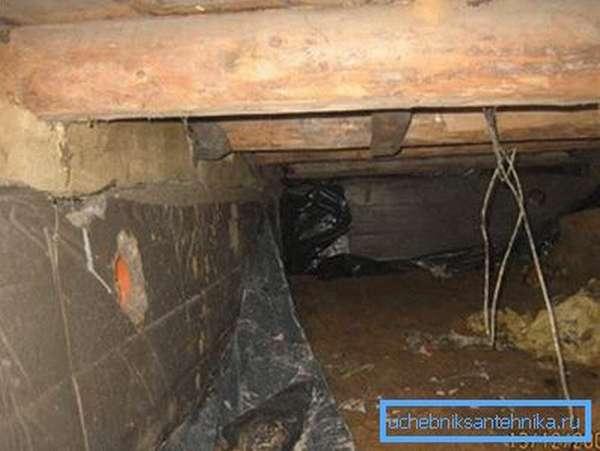 Пример отверстия в фундаменте под трубу