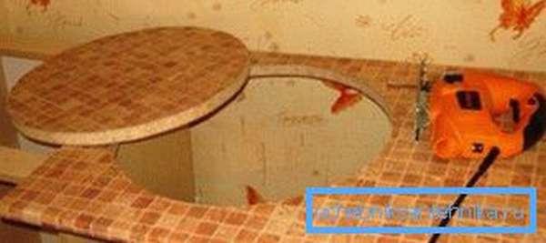 Пример выреза в столешнице.