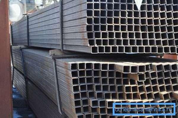 Профильные стальные изделия