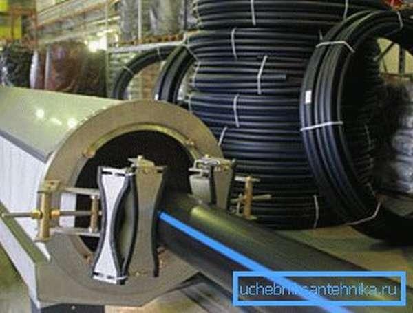 Производство полиэтиленовых труб в заводских условиях