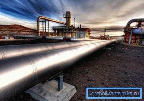 Промышленный трубопровод
