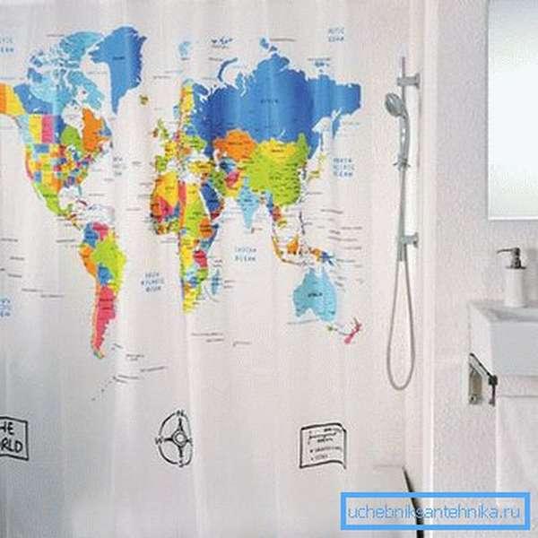 Простейшая шторка может решить проблемы разбрызгивания воды