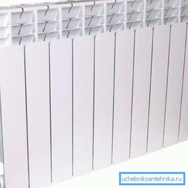Радиатор 20 на 500 на 500 – 500 мм межосевое расстояние, 500 мм – ширина прибора, 20 бар – выдерживает давление