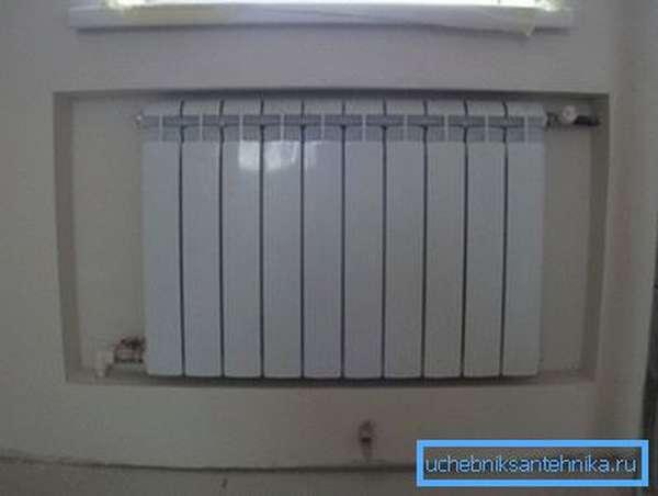 Радиатор из алюминия.