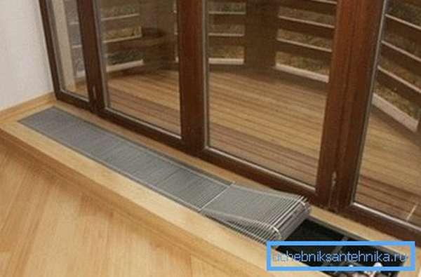 Радиатор в нише – отличное решение для закрытых террас и веранд