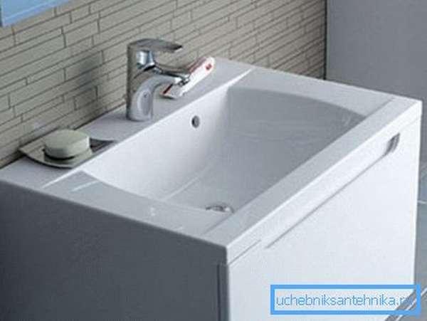 Раковина для ванной 70 см – оптимальный размер для всей семьи