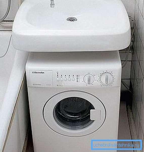 Раковина в ванную без отверстия для смесителя типа кувшинка