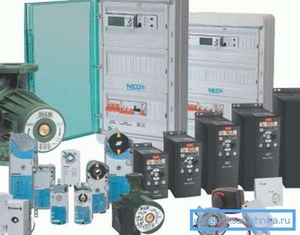 Различные устройства и узлы систем автоматического управления.