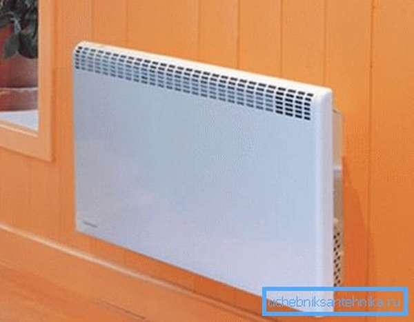 Разница между конвектором и радиатором – у первого поверхность имеет гораздо меньшую температуру