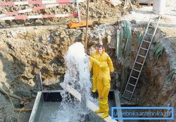 Разработка скважины на известняк требует серьезного оборудования и специалистов.