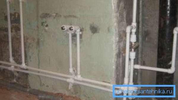 Разводка в доме полипропиленовыми трубами.