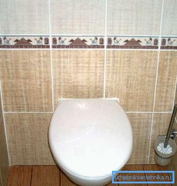 Реальные габариты туалета заметно уменьшились после установки подвесного унитаза.