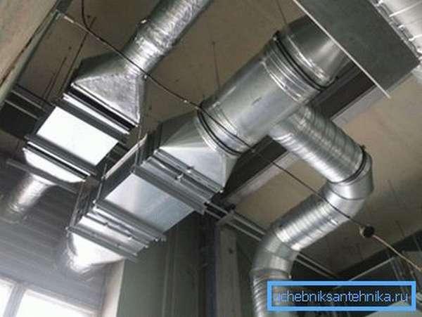 Реконструкция систем вентиляции позволяет улучшить ее работу