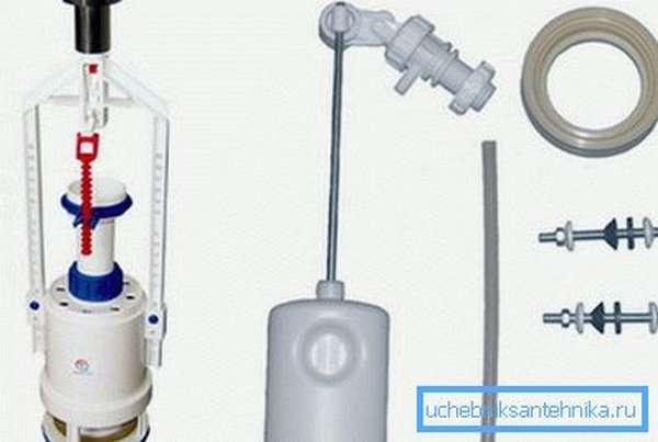 Ремонт клапана сливного бачка унитаза начинается с его разборки