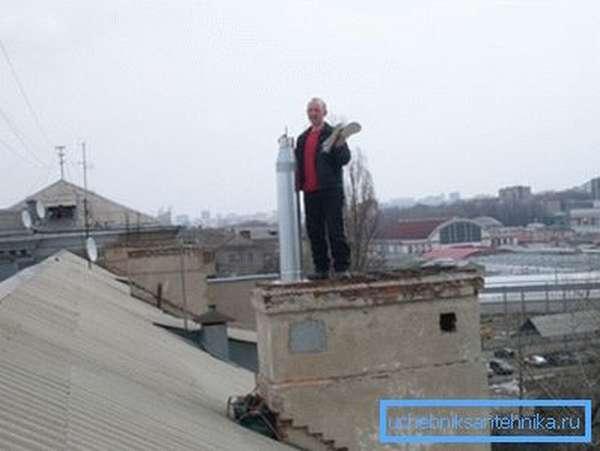 Ремонт вентиляции должен проводиться только специалистами