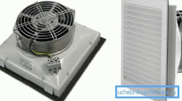 Решетка с фильтрующим элементом и вентилятором