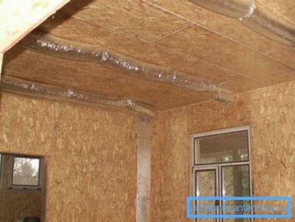 Рукава воздуховодов скроет подвесной потолок.