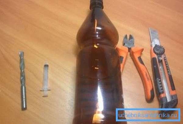 С помощью этих предметов можно сделать рукомойник - походный или дачный