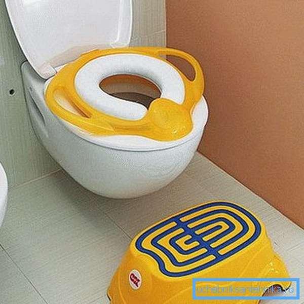 С такими усовершенствованиями ребенку будет и удобно, и безопасно посещать туалет
