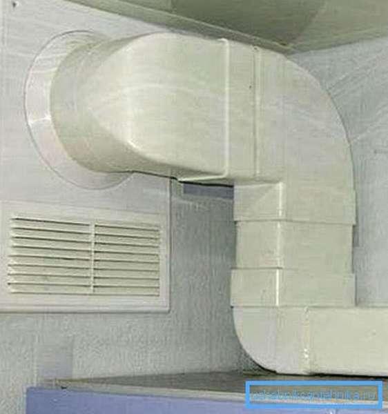 С точки зрения монтажа профильный воздуховод предпочтительнее