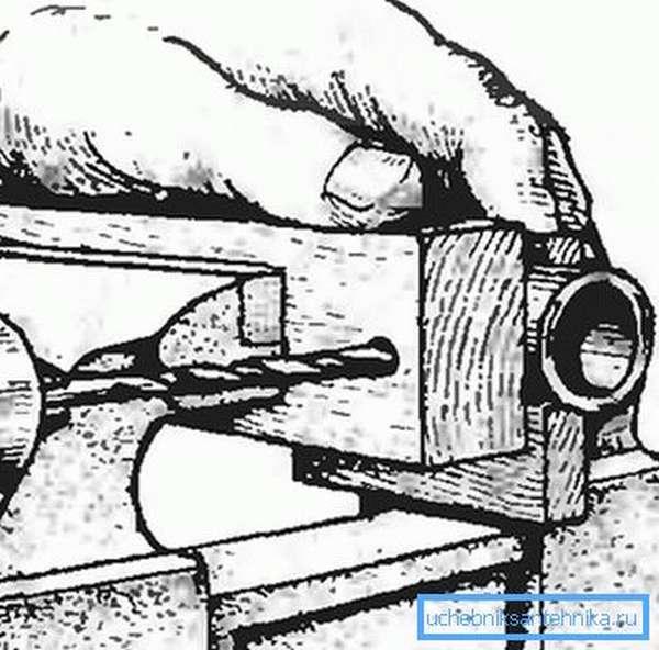 Схема сверления через брусок
