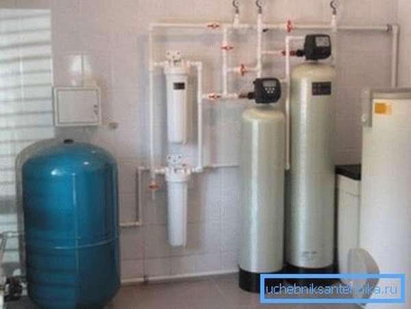 Системы водоподготовки снижают количество растворенных солей и минералов.